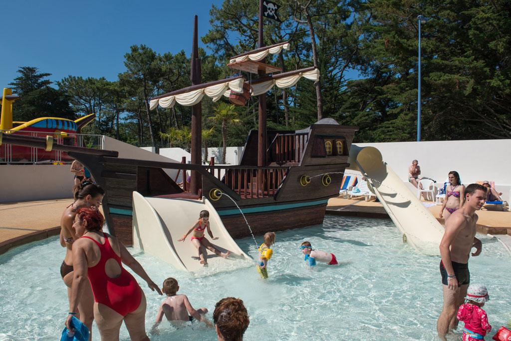 Camping LOcan En Vende  Cybele Vacances